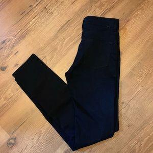 Brand New Dark Navy Blue Betabrand Travel  Jeans